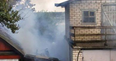 Рятувальники ліквідували пожежу в приватному домоволодінні